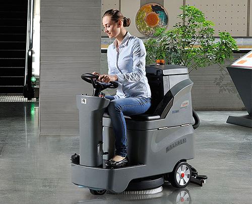 GM-AC洗地车